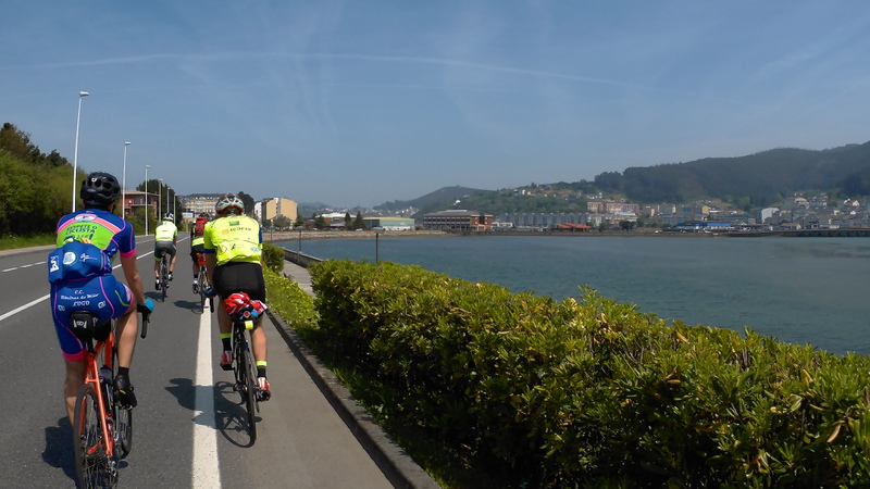 Riding towards Praia de Covas, by the bay of Viveiro