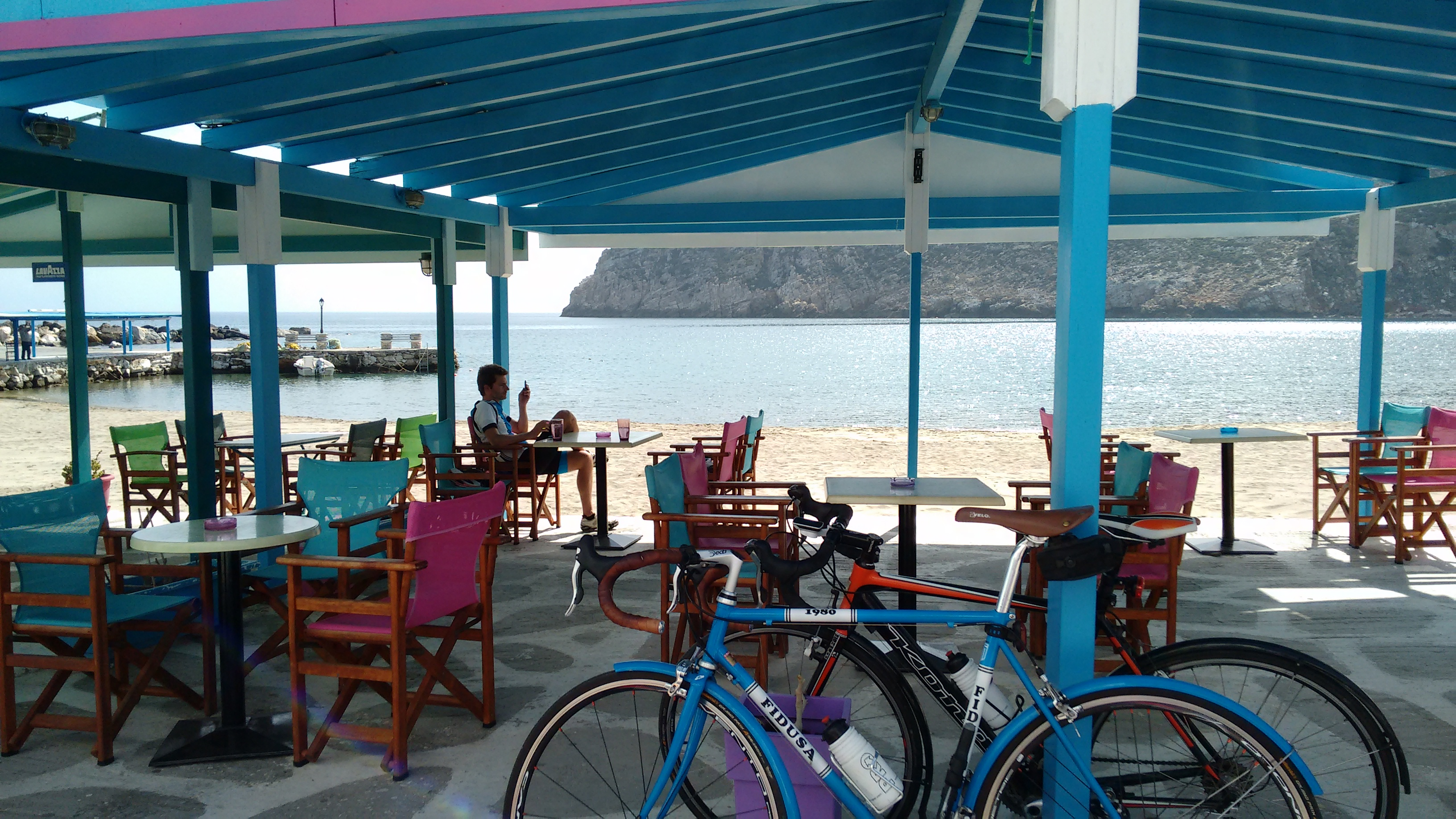 The cafe at Apollonas, where we stop for coffee