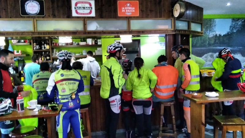 The café in Ponteceso, lots of cyclists there (2)