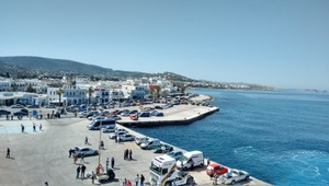 The port of Paros (right)
